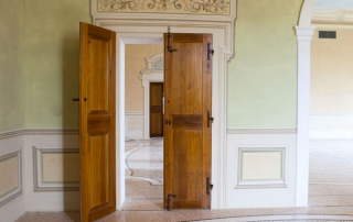 restauro portoni palazzi storici Modena