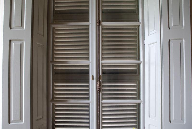 telaio a vetro in legno