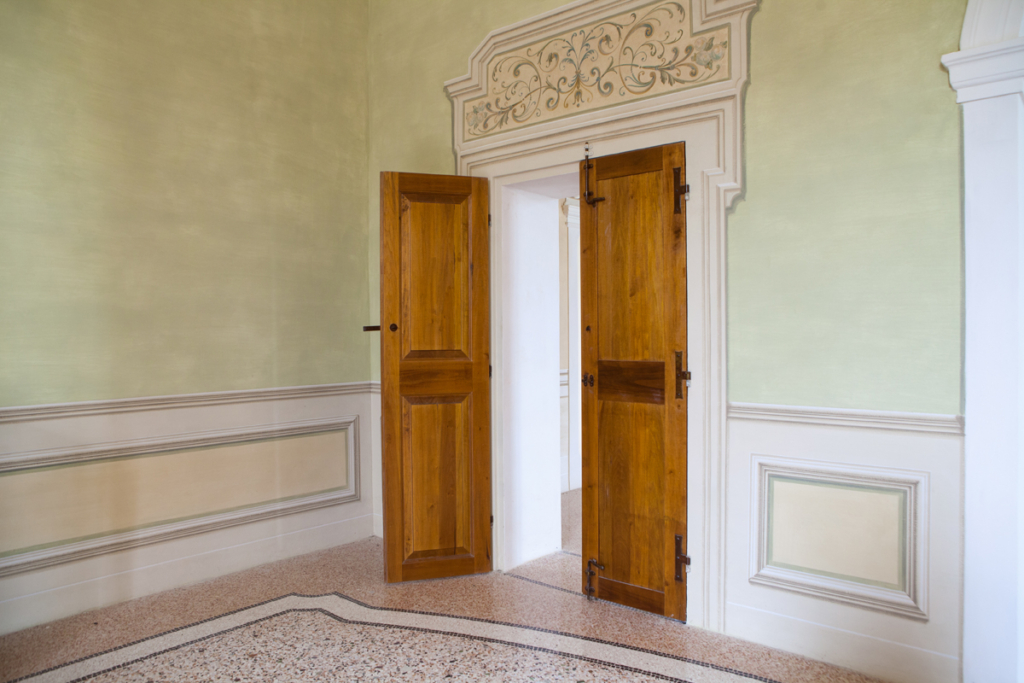 porte per palazzi storici ferrara
